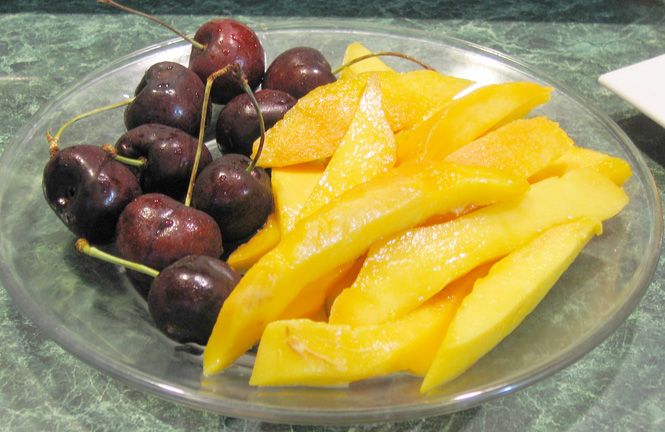 Cherries and Mangoes 011a