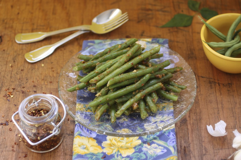 Spicy Walnut Green Beans