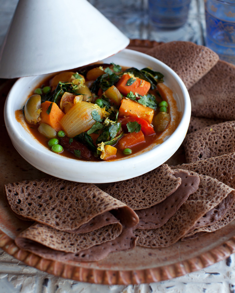 Injera_and_Vegetable_Tagine_-1096
