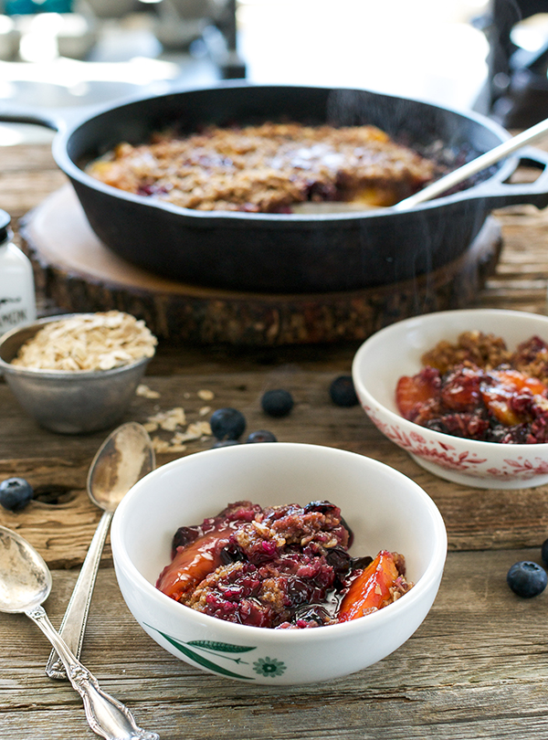 Stovetop Peach-Blueberry Crumble