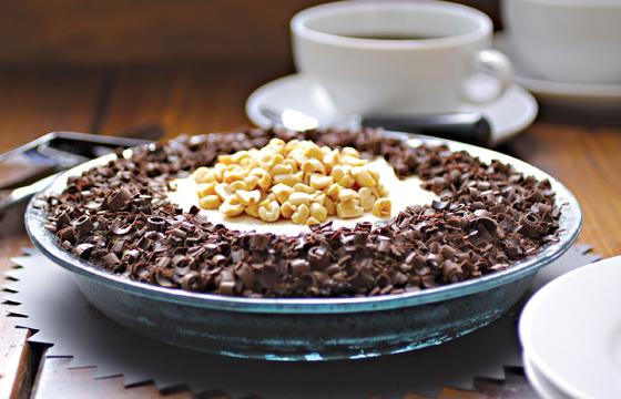 Black-Bottom Peanut Butter Freezer Pie