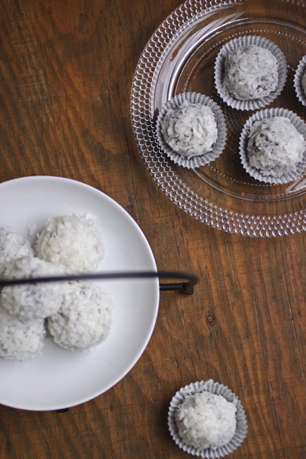Vegan Chocolate Macadamia Truffles with Coconut